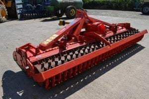 Kuhn 4m metre power harrow faming agricultural machinery cultivation cultivater